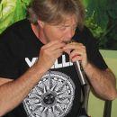 "artig'17: EAST- & WESTMAN Acoustic Blues Rock am 20. Mai 2017 auf der artig'17, dem Kunst- und Kulturfestival in der Galerie Kunstreich des artig e. V. in Kempten. Foto: Klaus ""Bschese"" Kiechle"