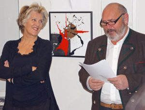 """Vernissage Sonja Hüning im Bad Hindelanger Rathaus mit Laudator Klaus """"Bschese"""" Kiechle am 25. Januar 2013"""