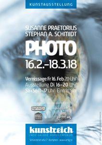 """Plakat Ausstellung PHOTO von Susanne Praetorius und Stephan A. Schmidt - Abbildung """"Das Auge des Betrachters"""": © bartsadowski / Fotolia"""
